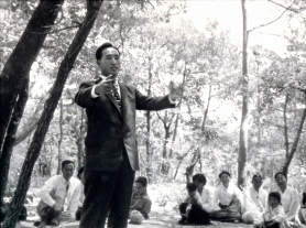 TF speaks outside 1960